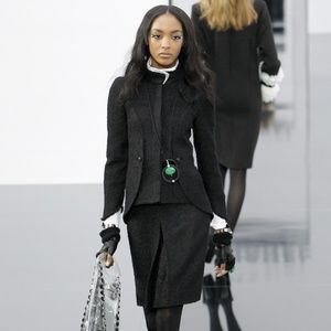 CHANEL BLACK TWEED JACKET AND SKIRT SUIT NWT $5360